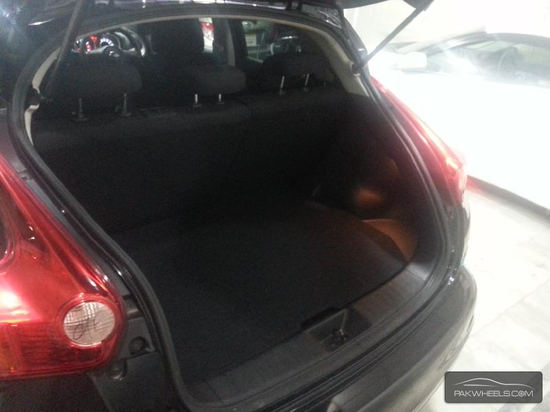 Nissan Juke 15RX Urban Selection 2011 Image-15