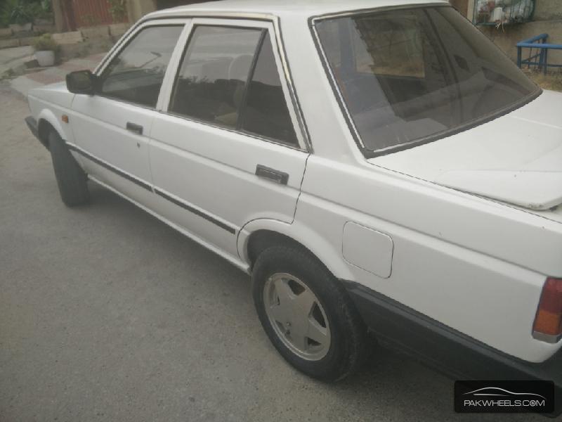 Nissan Sunny EX Saloon 1.3 1987 Image-7