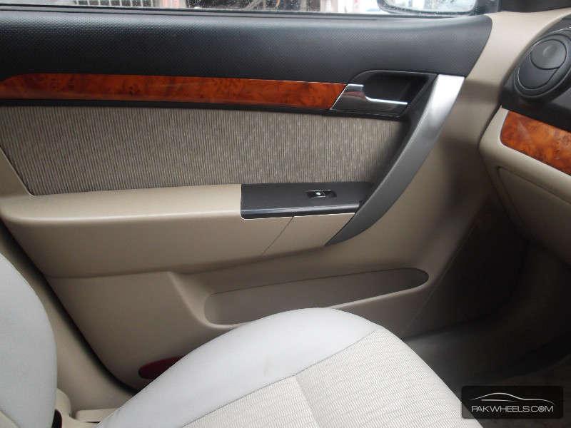 Chevrolet Aveo LT 2006 Image-15