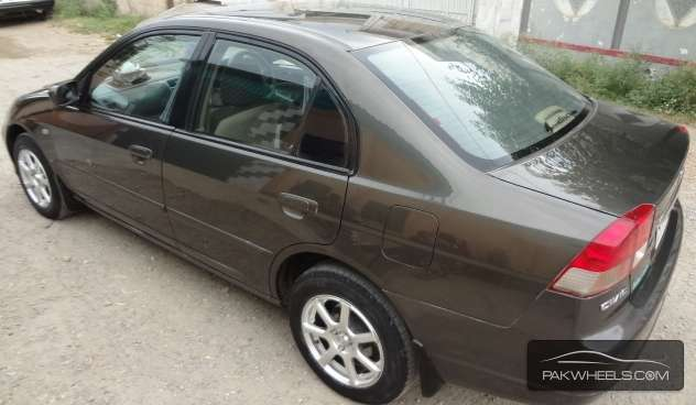 Honda Civic EXi 2005 Image-5
