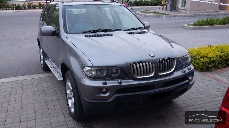 BMW X5 Series 2004 Image-1