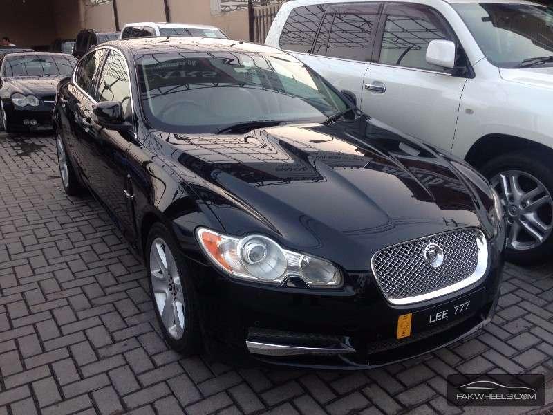 jaguar xf 3 0 v6 premium luxury 2009 for sale in lahore pakwheels. Black Bedroom Furniture Sets. Home Design Ideas