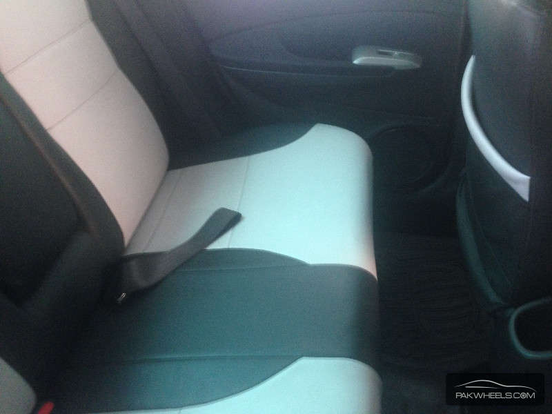 Honda City i-VTEC 2012 Image-6