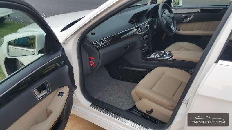 Mercedes Benz E Class E200 2013 Image-6