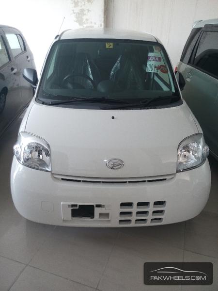Daihatsu Esse 2011 Image-1