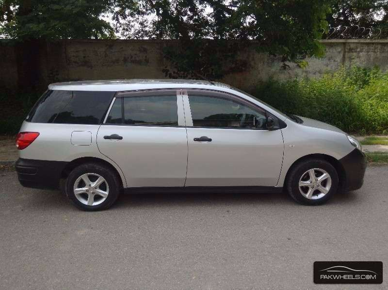 Mazda Familia Van 2007 Image-4