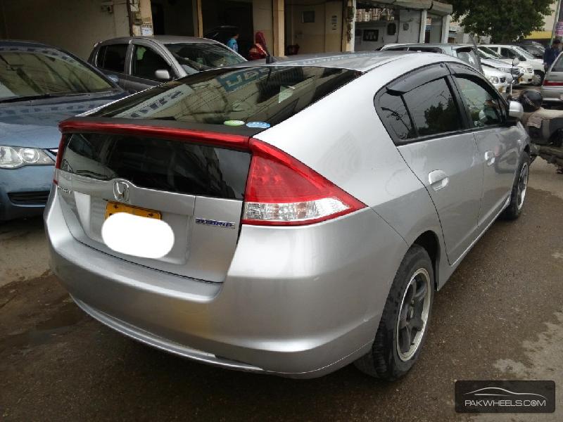 Honda Insight 2011 Image-7