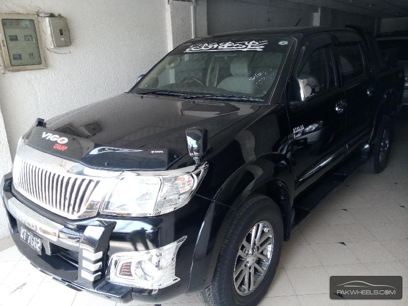Toyota Hilux Vigo Champ G 2014 Image-2