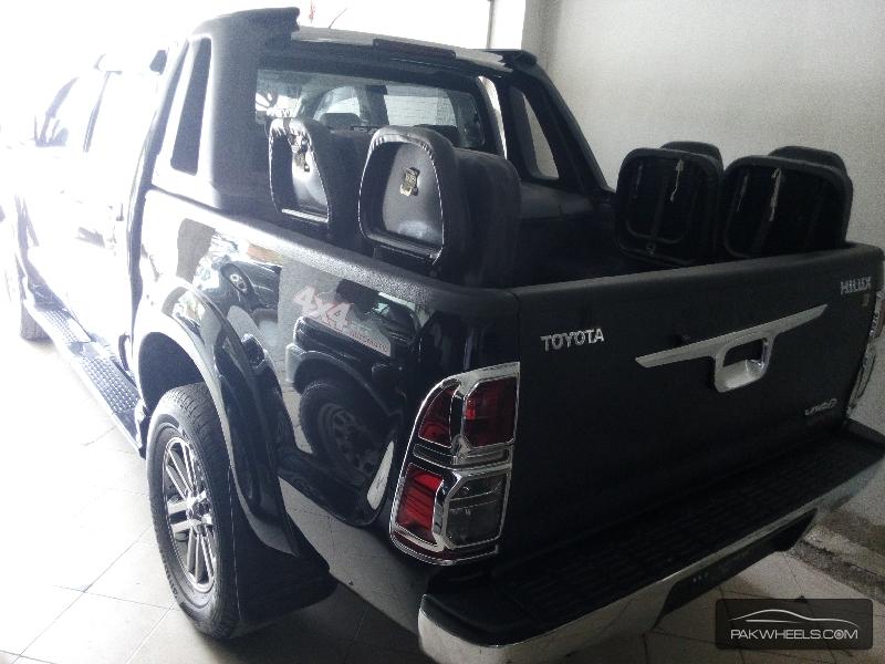 Toyota Hilux Vigo Champ G 2014 Image-8