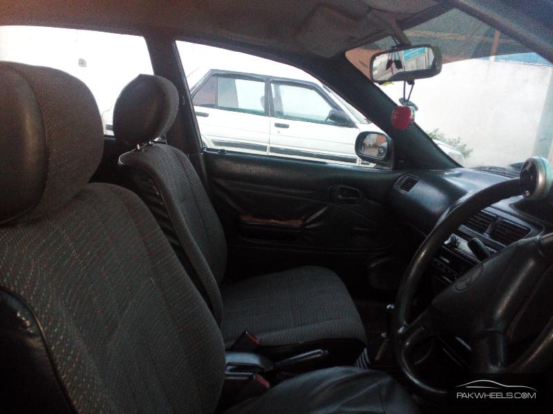 Toyota Corolla XE 1998 Image-7