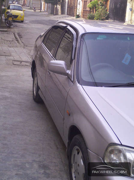 Honda Civic VTi Automatic 1.6 1999 Image-2