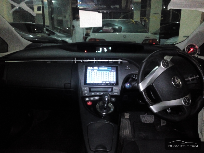 Toyota Prius G Touring Selection Leather Package 1.8 2012 Image-6
