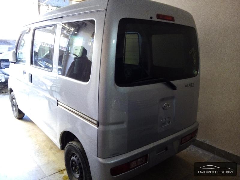 Daihatsu Hijet 2010 Image-6