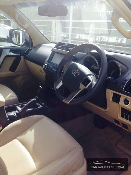 Toyota Prado TX Limited 2.7 2014 Image-6