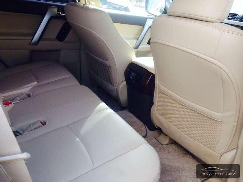 Toyota Prado TX Limited 2.7 2014 Image-9