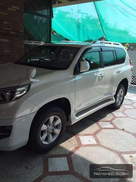Toyota Prado TX Limited 2.7 2014 Image-2