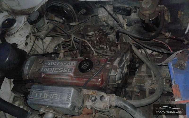 Daihatsu Charade CX Turbo 1988 Image-5