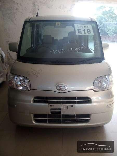Daihatsu Tanto 2012 Image-1