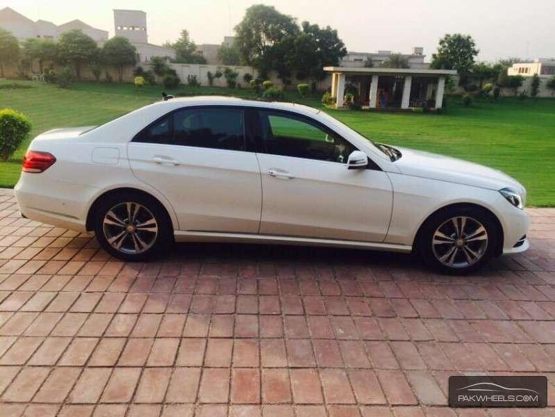 Mercedes benz e class e300 2015 for sale in faisalabad for Mercedes benz e300 for sale
