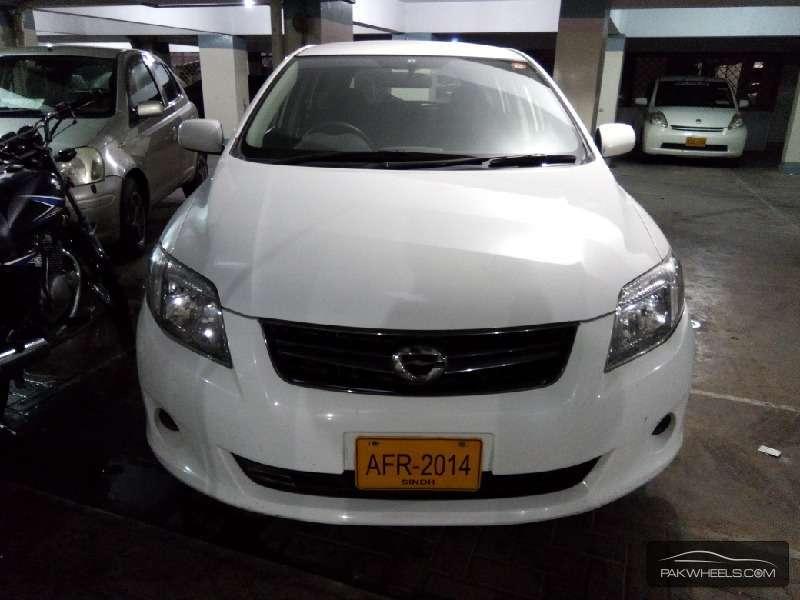 Toyota Corolla Fielder X 2011 for sale in Karachi | PakWheels