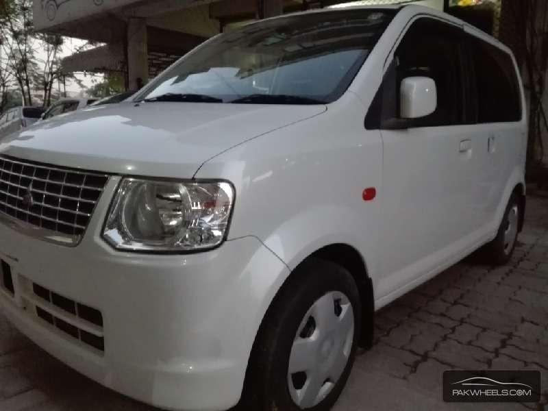 Mitsubishi Ek Wagon Limited 2011 Image-4