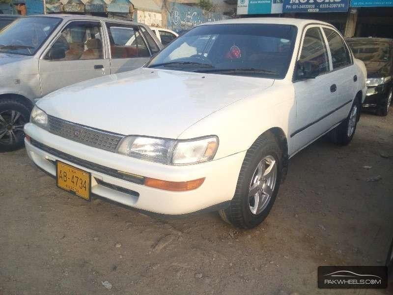 Toyota Corolla XE-G 1995 Image-2