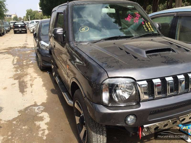 Suzuki Jimny 2010 Image-2