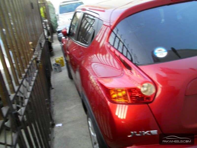 Nissan Juke 15RX 2010 Image-9