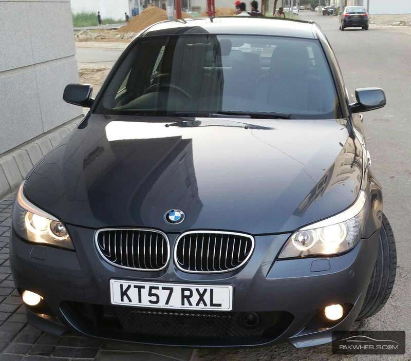 BMW M Series M5 Sedan 2008 Image-1