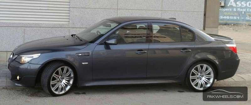 BMW M Series M5 Sedan 2008 Image-3