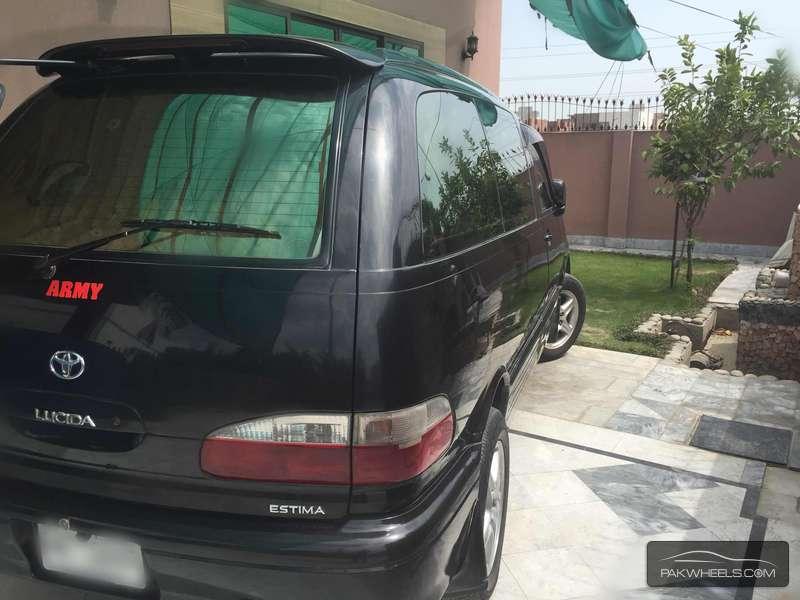 Toyota Estima X 1998 Image-4