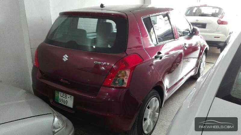 Suzuki Swift 2011 Image-3