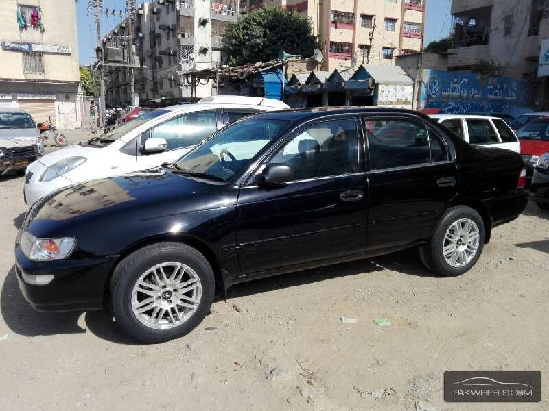 Toyota Corolla XE Limited 1998 Image-2