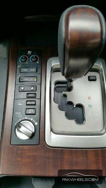 Toyota Land Cruiser ZX 2015 Image-6