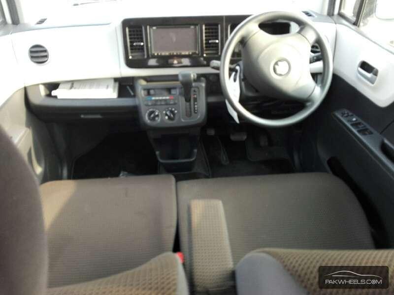 Suzuki MR Wagon ECO-L 2012 Image-6