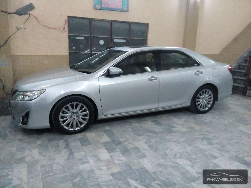 toyota camry g limited edition 2012 for sale in sialkot pakwheels. Black Bedroom Furniture Sets. Home Design Ideas
