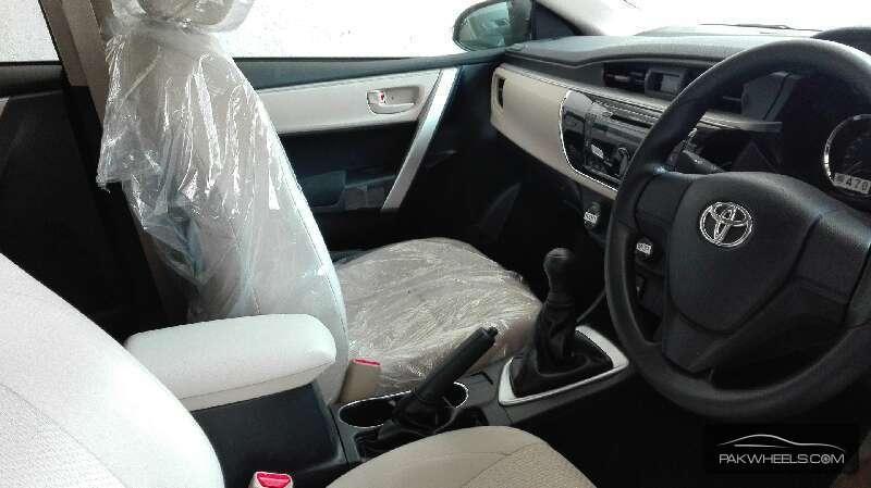 Toyota Corolla GLi Automatic 1.3 VVTi 2016 Image-7