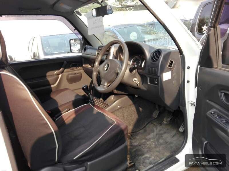 Suzuki Jimny JLSX 2013 Image-4