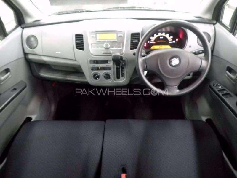 Suzuki Wagon R FX 2012 Image-2