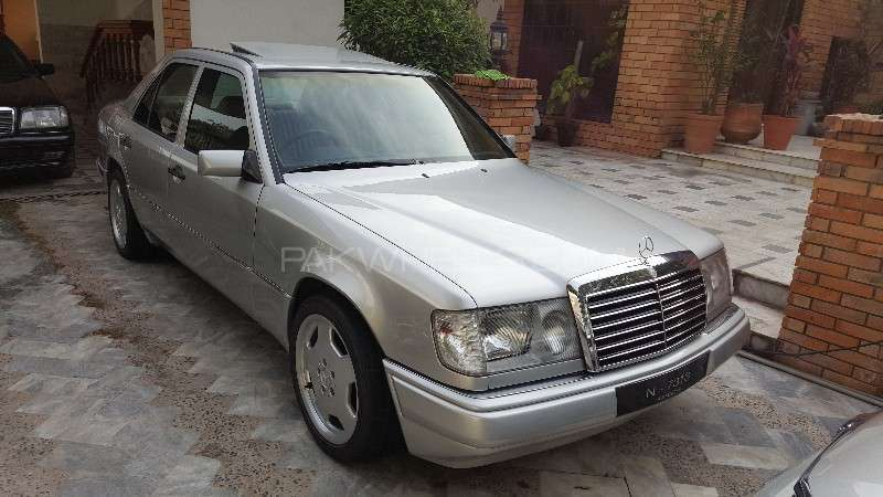 Mercedes benz e class e230 1986 for sale in islamabad for Mercedes benz e230