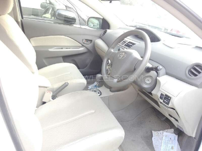 Toyota Belta X 1.0 2012 Image-4
