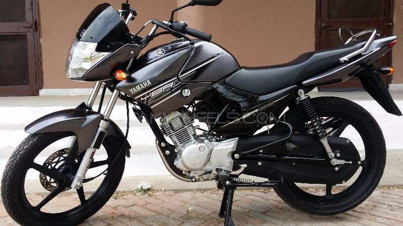 used yamaha ybr 125 2015 bike for sale in bahawalpur 149306 pakwheels. Black Bedroom Furniture Sets. Home Design Ideas