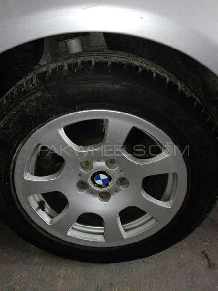 BMW 5 Series 2004 Image-6