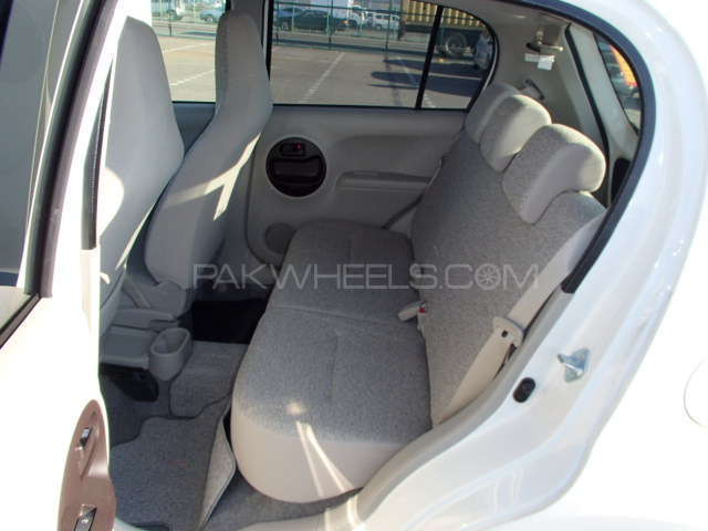 Toyota Passo X 2012 Image-6