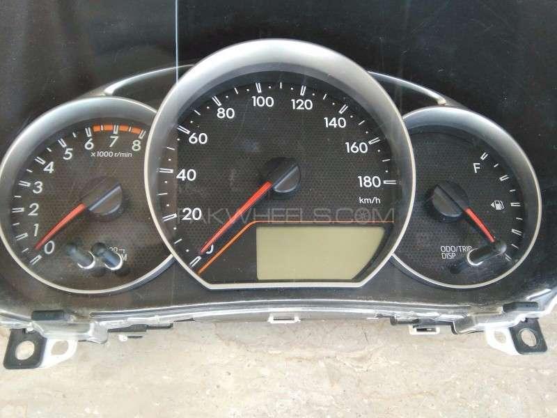 Toyota Vitz RPM Speedometer  Image-1