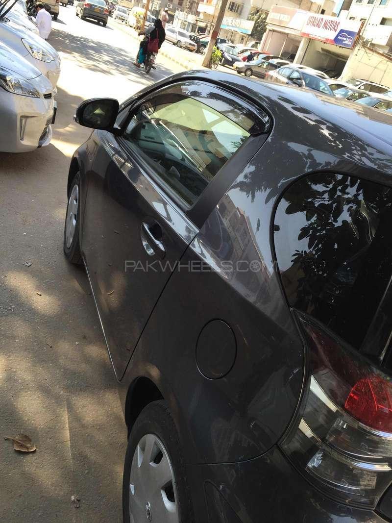 Toyota iQ 2012 Image-5
