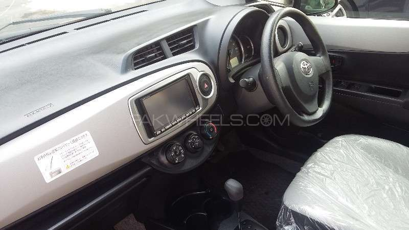 Toyota Passo X V Package 2015 Image-9