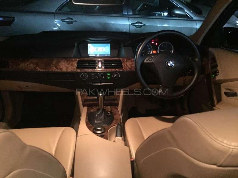 BMW 5 Series 2007 Image-9