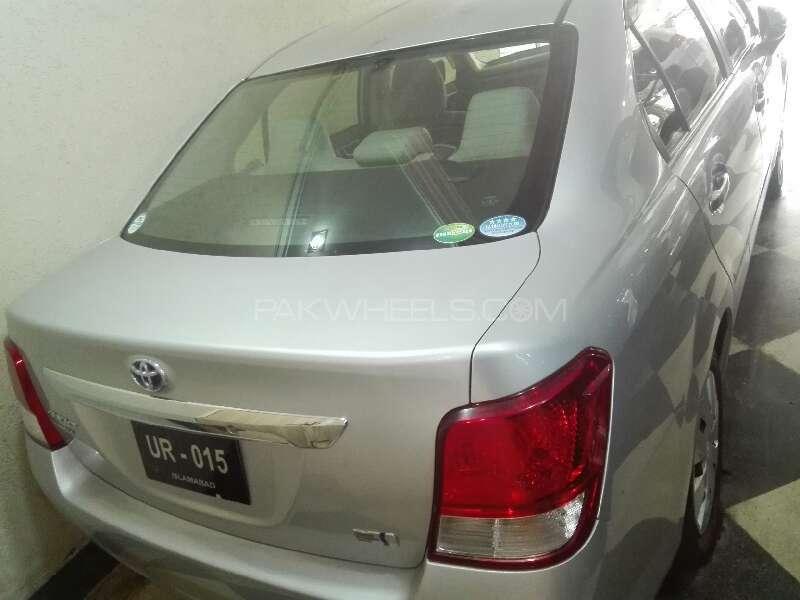 Toyota Corolla Axio 2013 Image-3
