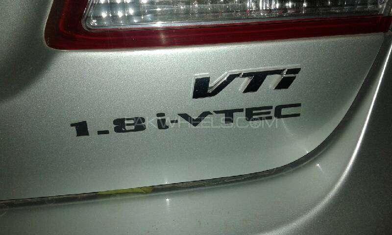 Honda Civic VTi 1.8 i-VTEC 2009 Image-4